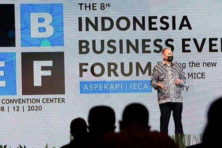 Ketua Umum Asosiasi Perusahaan Pameran Indonesia (Asperapi) Hosea Andreas Runkat, saat membuka  acara The 8th Indonesia Business Event Forum di Jakarta Convention Center (JCC), Senayan, Jakarta,  Selasa (8/12/2020).