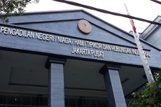 [VIDEO] Detik-detik Penyerangan Hakim oleh Pengacara Tomy Winata di PN Jakpus