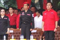 Dampingi Mega, Jokowi Tampil dengan Atribut Satgas