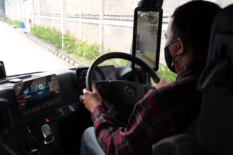Test drive truk Mercedes-Benz Actros