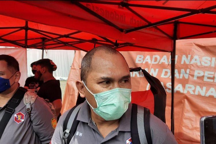 Indonesia Diver Rescue Team (IDRT) Bayu Wardhoyo di Jakarta International Container Terminal (JICT) 2 Tanjung Priok, Minggu (10/1/2021).