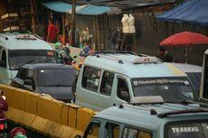 Tertibkan Angkot Mangkal Sembarangan di Bekasi, Petugas Dishub Ribut dengan Sopir