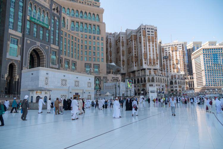 Pemandangan di sekitar Masjidil Haram, Mekkah, Arab Saudi.