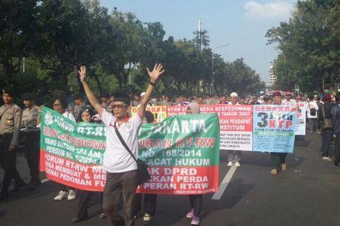 Apa Kata Mereka yang Ikut Demonstrasi Forum RT/RW DKI