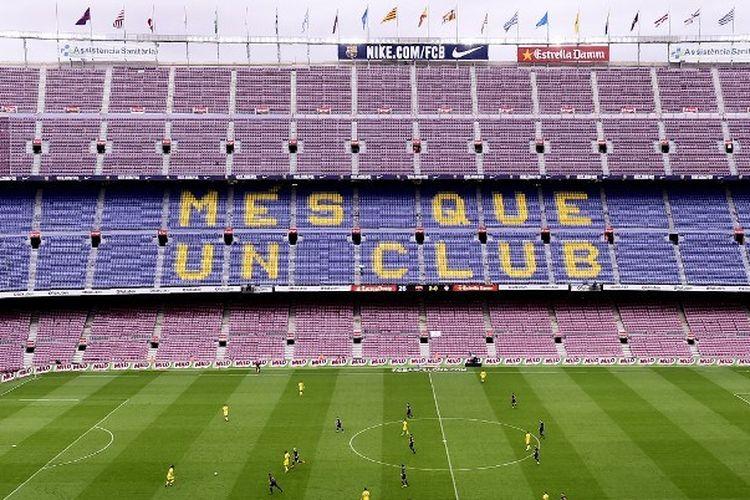 Suasana Stadion Camp Nou yang kosong pada laga Barcelona vs Las Palmas, 1 Oktober 2017. Barca harus bermain tanpa penonton setelah Liga Spanyol menolak permintaan mereka untuk menunda laga di tengah referendum Catalunya.