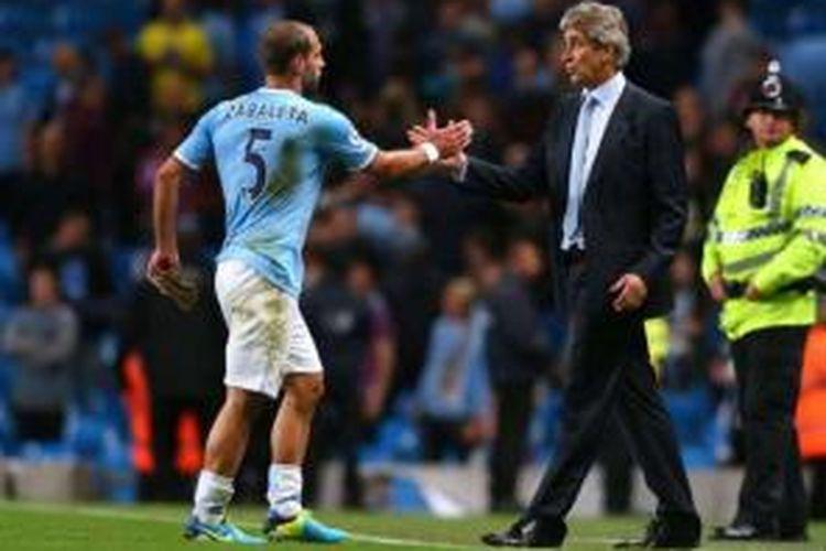 Bek Manchester City, Pablo Zabaleta