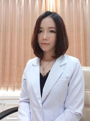 Dokter Elia Gunawan, Pendiri dan CEO Ella Skincare.