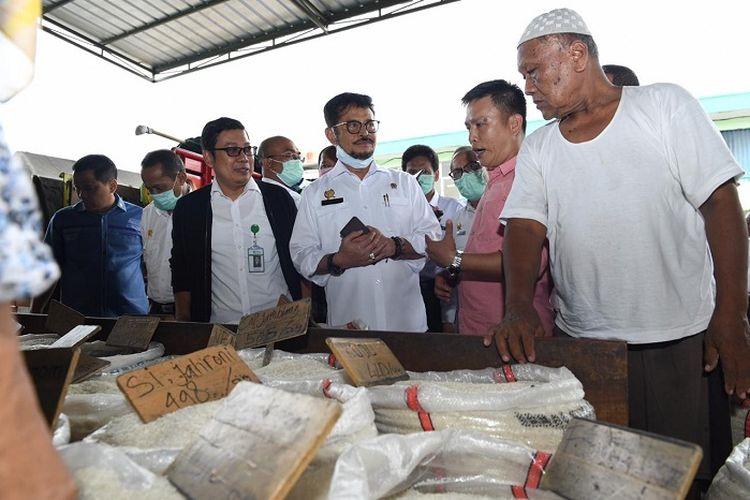 Mentan Syahrul Yasin Limpo memastikan stok beras tercukupi.
