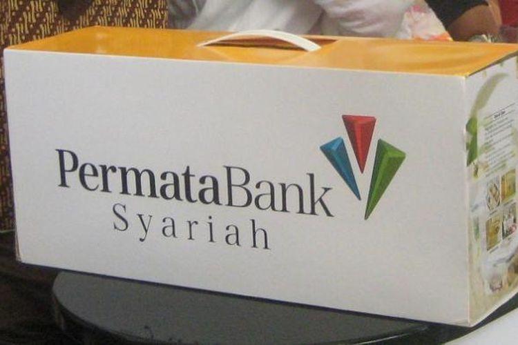 Logo Bank Permata Syariah saat pergelaran Keuangan Syariah Fair (KSF) di Gandaria City Jakarta, 3 Maret 2016 hingga 6 Maret 2016. kode bank permata, kode permata bank, kode transfer bank permata