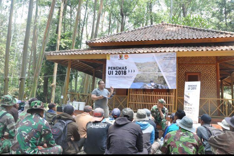 Pelatihan Vokasi UI kepada masyarakat dan anggota Satgas Citarum Harum sebagai upaya merevitalisasi Daerah Aliran Sungai (DAS) Citarum (29/9/2018).