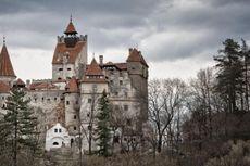 Kastil Drakula Ini Menantang Nyali Anda