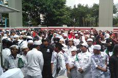 Gelar Demo, Massa Minta Bertemu Perwakilan Kedubes India