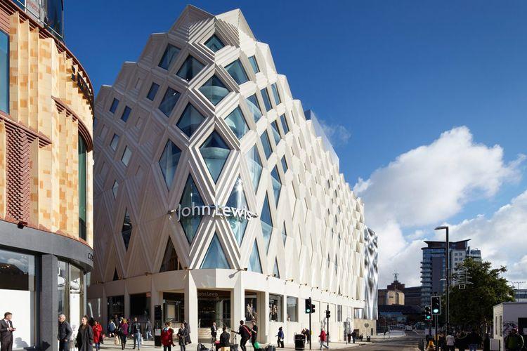 Salah satu gerai departemen store ternama di Inggris, John Lewis, yang berlokasi di Leeds