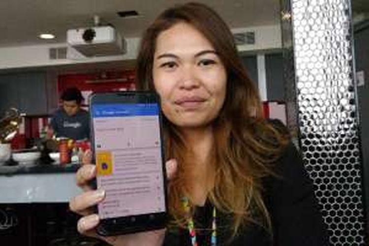 Head of Communications Google Indonesia Putri Silalahi usai sesi video call peluncuran Google Translate 5.0 di Kantor Google Indonesia, Jakarta, Kamis (12/5/2016),