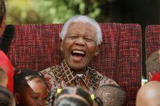 Alasan Nelson Mandela Gemar Pakai Batik di Forum Dunia