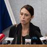 Bertelanjang Kaki PM Jacinda Ardern Hadiri Peringatan Setahun Letusan Gunung Berapi di White Island