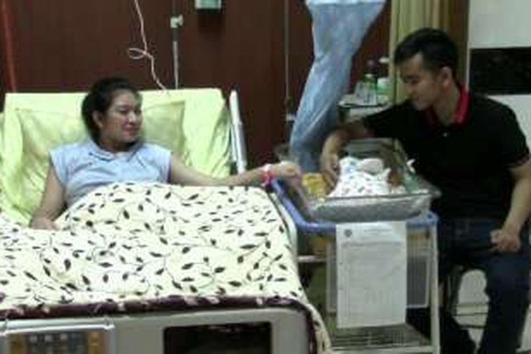 Keluarga Gibran Rakabuming Raka, Jumat (11/3/2016).