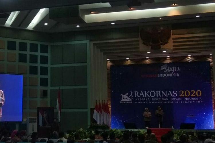 Presiden Joko Widodo membuka Rakornas Kemenristek dan BRIN