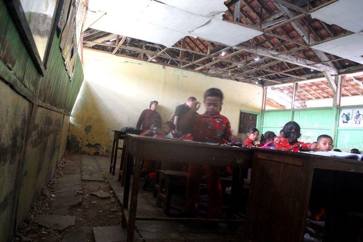 Kondisi Sekolah Dasar Negeri (SDN) 3 Pulokulon, Kabupaten Grobogan, Jawa Tengah, Kamis (21/11/2019).