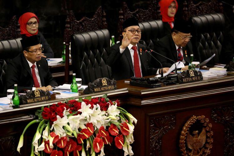 Ketua MPR Zulkifli Hasan memberikan pidato pada sidang tahunan Majelis Permusyawaratan Rakyat Republik Indonesia Tahun 2017di Kompleks Parlemen, Senayan, Jakarta, Rabu (16/8/2017). Presiden Joko Widodo menyampaikan pidato, yakni pidato kenegaraan dalam rangka Hari Ulang Tahun RI ke 72.