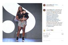 Gendong Anak, Serena Williams Naik ke Catwalk New York Fashion Week