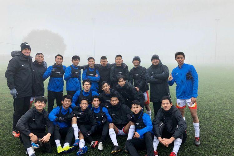 Para pemain yang mengikuti program Garuda Select II di Birmingham, Inggris.