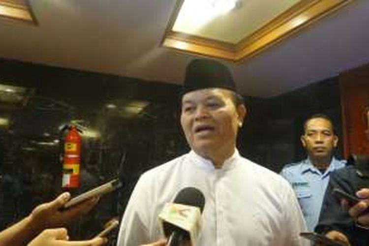 Wakil Ketua MPR Hidayat Nur Wahid di Kompleks Parlemen, Senayan, Jakarta, Jumat (9/9/1016)