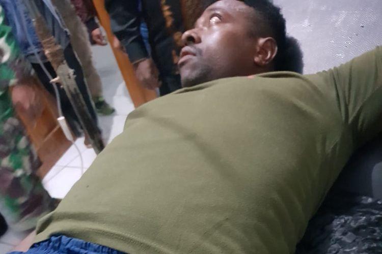 Salah satu anggota polri yang menjadi korban penembakan, tengah di rawat atas luka tembak yang dialaminya