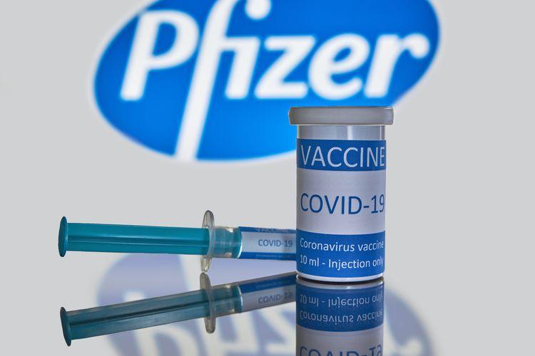 Ilustrasi vaksin Covid-19 Pfizer berbasis mRNA. Kini vaksin Pfizer dapat disimpan di suhu kulkas biasa.
