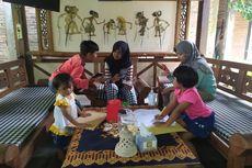 Cerita Siswa Belajar Daring, Dibantu Dermawan hingga Nebeng di Kafe