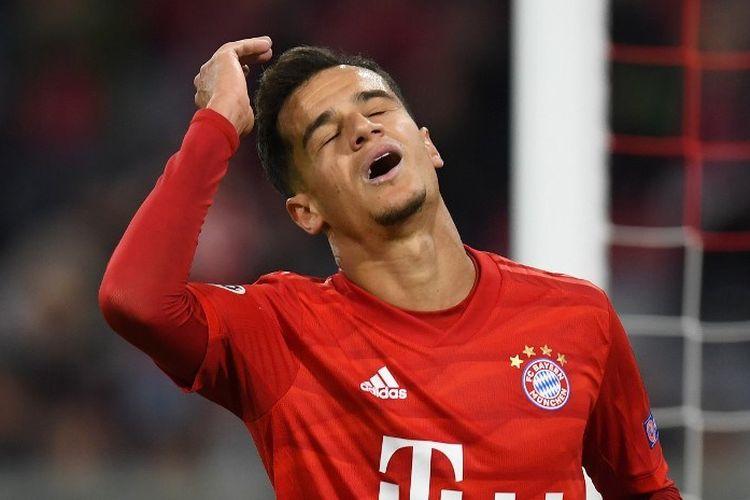 Philippe Coutinho tampak kecewa seusai gagal menyelesaikan peluang pada pertandingan Bayern Muenchen vs Red Star Belgrade dalam matchday 1 Liga Champions di Allianz Arena, 18 September 2019.