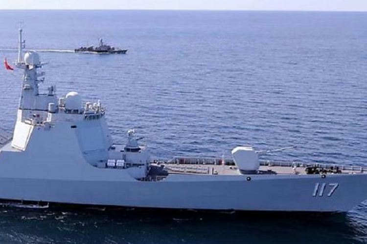 Kapal perusak China, Xining, yang disebut bakal berpartisipasi dalam latihan gabungan dengan angkatan laut Rusia dan Iran di Samudra Hindia dan Teluk Oman.