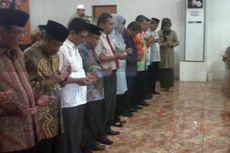 Ustaz Nur Maulana Ceramahi Para Calon Wali Kota Makassar