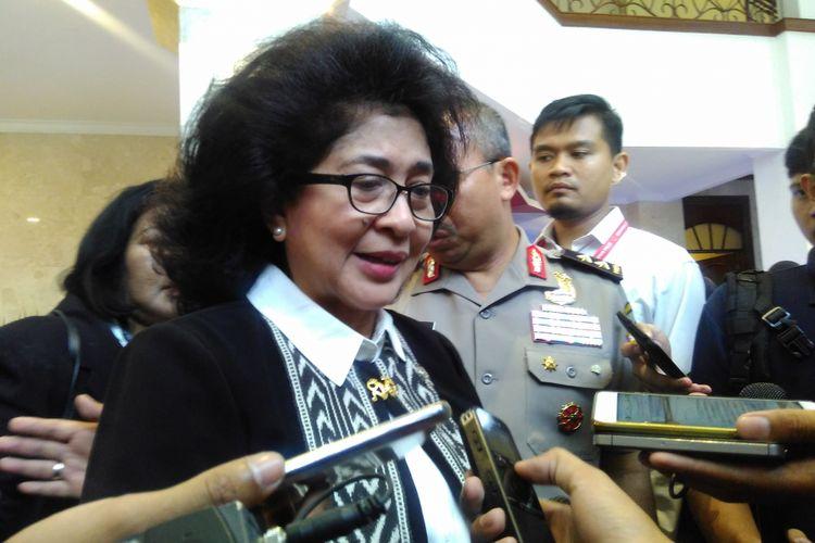 Menteri Kesehatan RI, Nila F Moeloek
