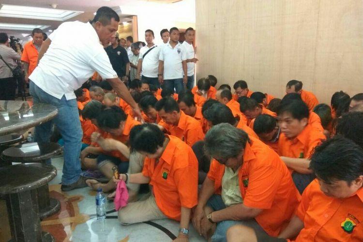 Sebanyak 85 pelaku perjudian diamankan di Mapolda Metro Jaya, Rabu (14/3/2018).