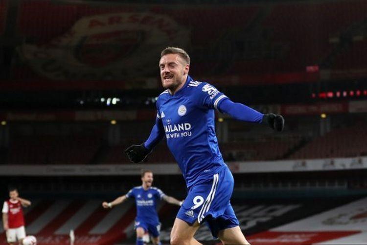 Penyerang Leicester City, Jamie Vardy, usai mencetak gol ke gawang Arsenal, Senin (26/10/2020) dini hari WIB.
