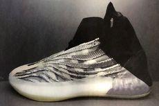 Kanye West Beri Sinyal Bakal Ada Sepatu Basket Yeezy