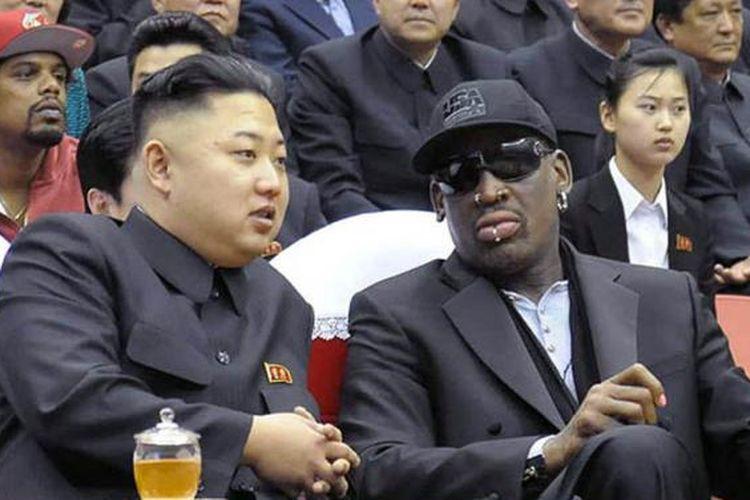 Dennis Rodman bersama dengan Pemimpin Korea Utara Kim Jong Un.