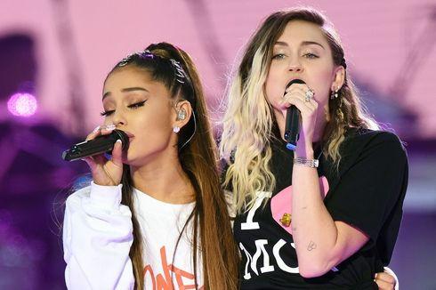 Berurai Airmata, Ariana Grande Tampil di Konser