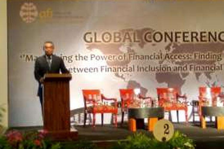 Deputi Gubernur BI Ronald Waas saat memberikan sambutan dalam konferensi internasional