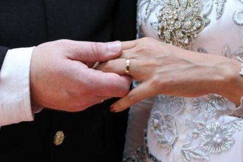 Larangan Menikah dengan Teman Sekantor Digugat, Ini Kata Kemenaker