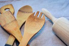 5 Cara Bersihkan Sutil Kayu, biar Tidak Hitam dan Berjamur