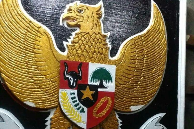 Penampakan Patung Garuda Pancasila yang dibuat secara swadaya oleh warga Kampung Leuser, Kebayoran Baru, Jakarta Selatan.