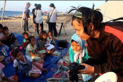Syamsudin Ilyas Dedikasikan Diri dengan Dirikan Kelas Jurnalis Cilik untuk Anak Pesisir