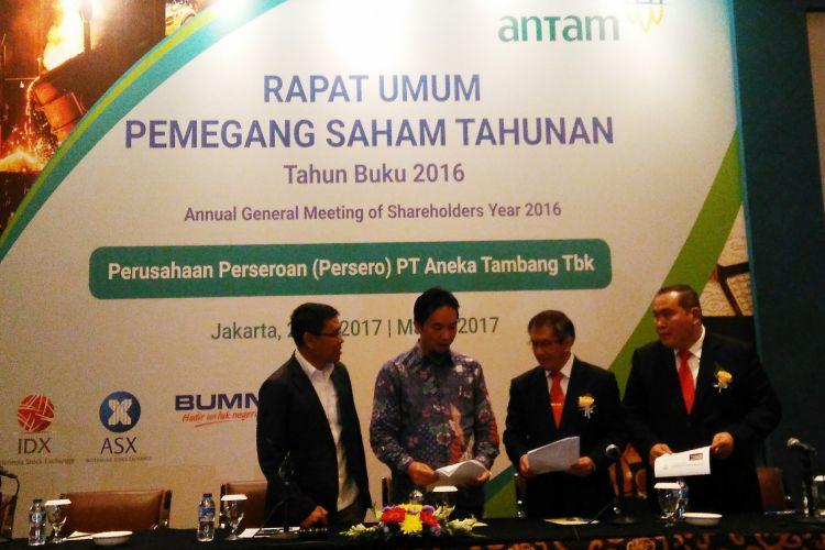 Rapat Umum Pemegang Saham Tahunan (RUPST) 2017 PT Aneka Tambang (Persero) Tbk (Antam) di Hotel Borobudur, Jakarta, Selasa (2/5/2017).