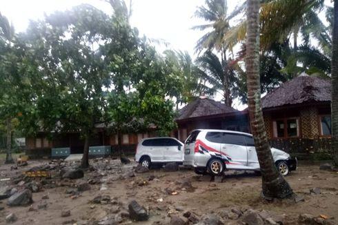 Polisi Bantu Urus Kendaraan yang Jadi Korban Tsunami