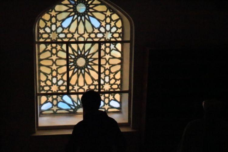 Interior di dalam Blue Mosque, Saint Petersburg, Rusia.