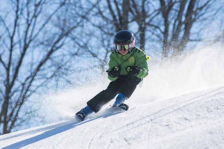 Ilustasi ski.