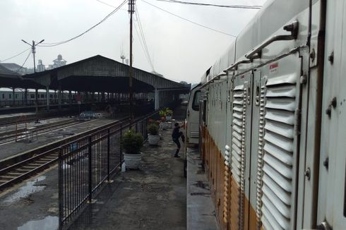 Ini Penjelasan KAI Soal Kabar Lokomotif KA Argo Parahyangan Terbakar