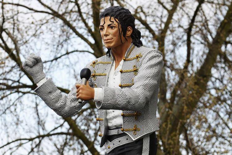 Patung Michael Jackson di Museum Sepak Bola Nasional di Manchester, Inggris.